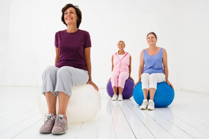 Arthrose du genou : 4 exercices articulaires pour retrouver la mobilité