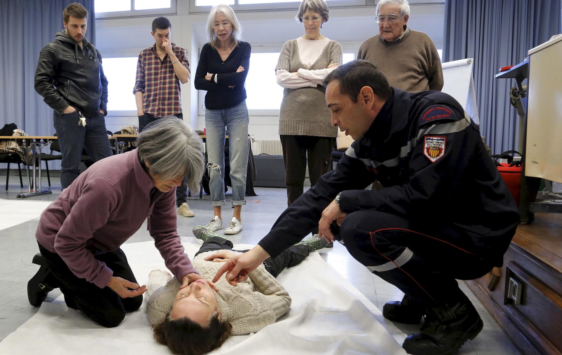Aix : quelques minutes pour apprendre à sauver une vie