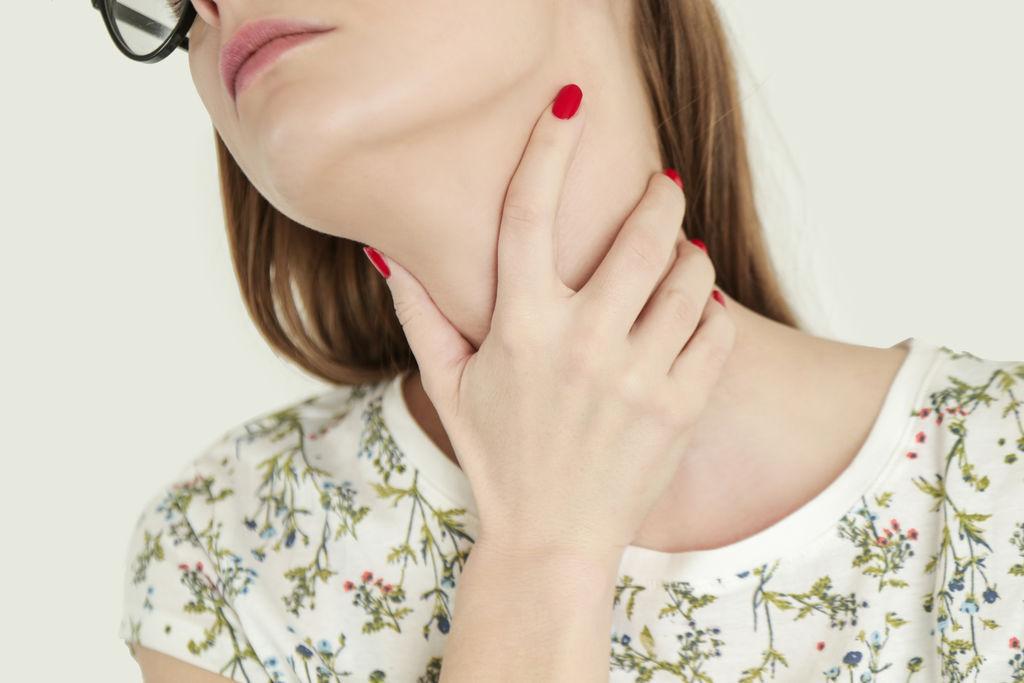 4 façons douces de soulager un mal de gorge
