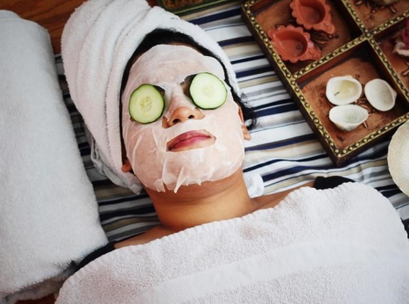 Routine soin et confinement : 8 produits bio pour faire peau neuve